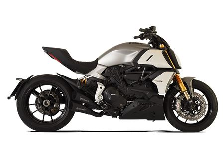 Picture of TERMINALE DOPPIO HYDROFORM SHORT R BLACK DUCATI DIAVEL 1260 RACING